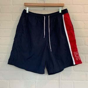 Nautica EUC men's swimming trunks shorts pockets